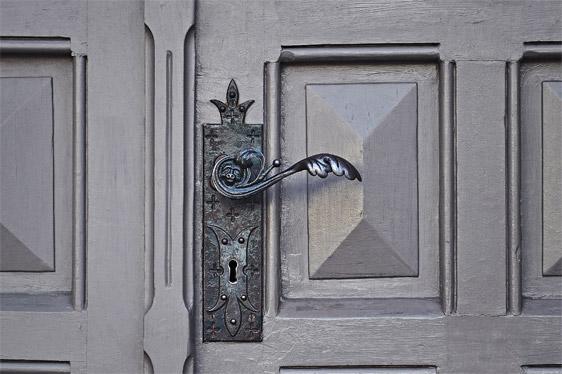 Maison sécurisée : choisir sa porte blindée